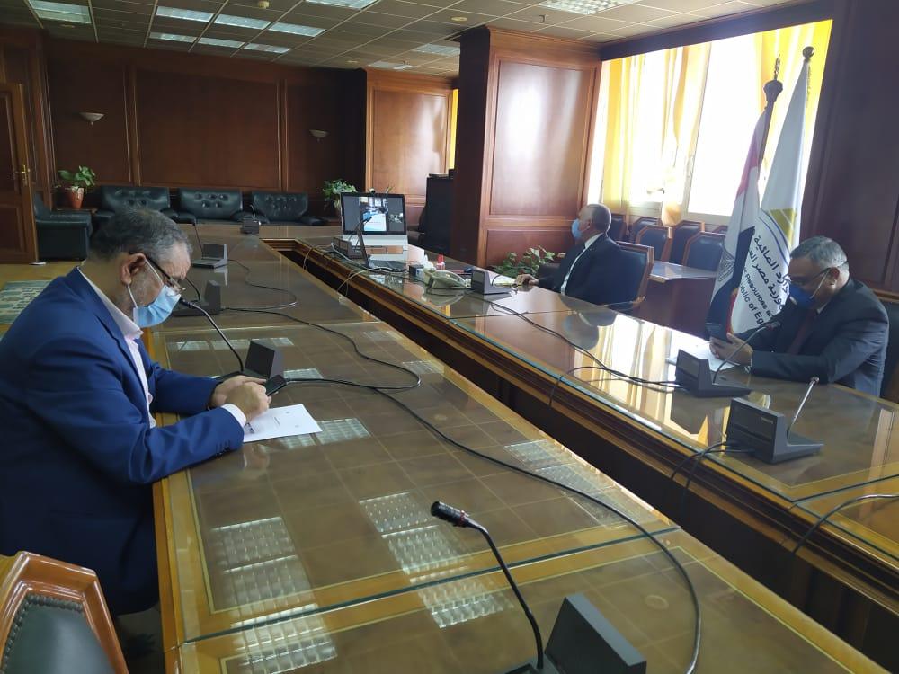 اجتماع وزيرا الرى والزراعة   (7)