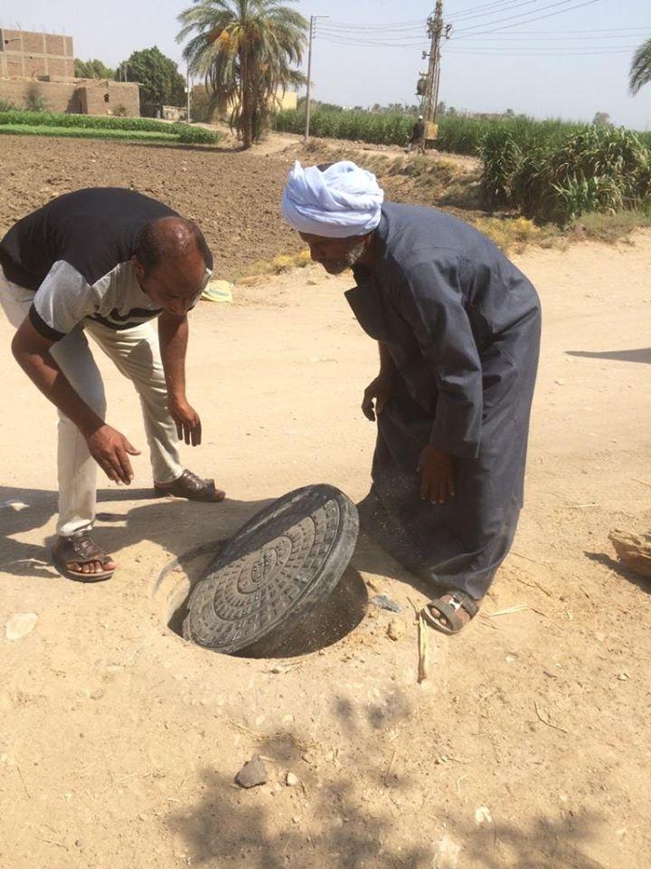 حملات نظافة وتجميل بمشاركة شعبية فى قرى مدينة الزينية (3)