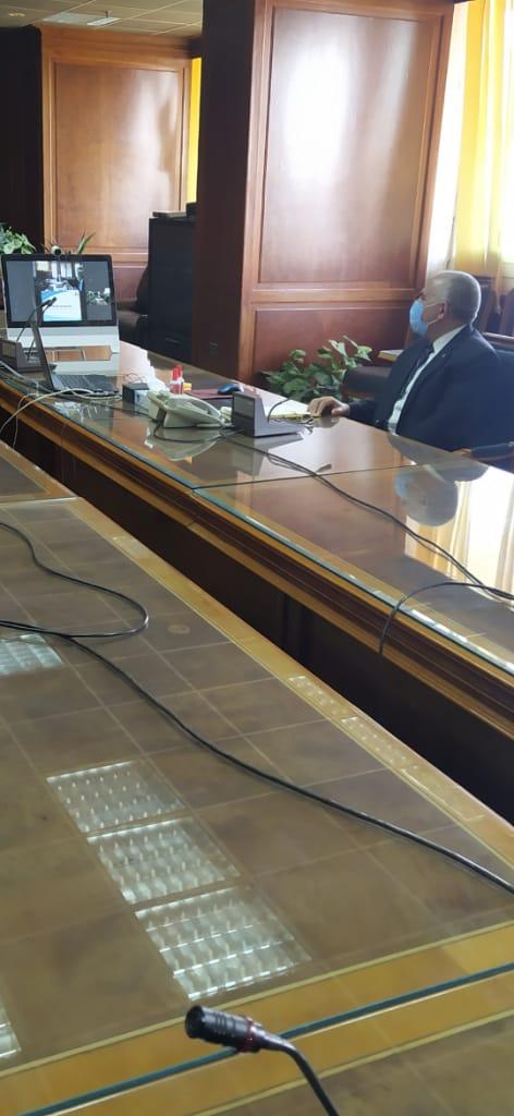 اجتماع وزيرا الرى والزراعة   (4)