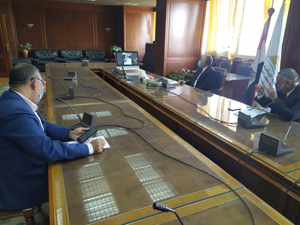 اجتماع وزيرا الرى والزراعة   (3)