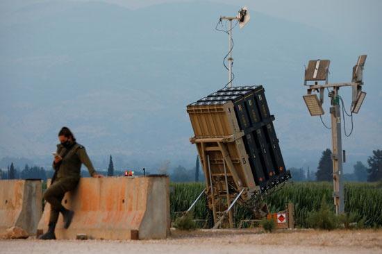 القوات الإسرائيلية على الشريط الحدودى