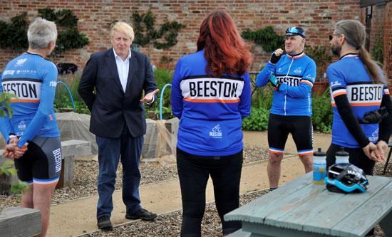 كلمة جونسون حول قرار الحكومة وأهمية ركوب الدراجات