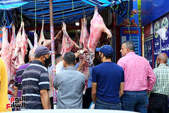 شراء اللحوم قبل العيد