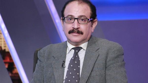 الدكتور طارق فهمي أستاذ العلوم السياسية