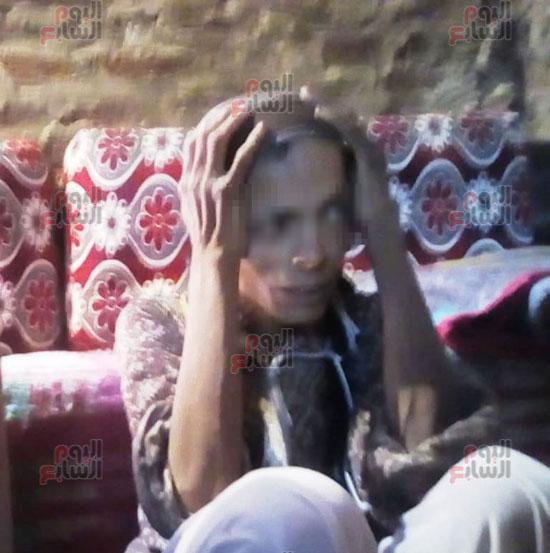 سيدة-حبسها-شقيقها-22-عاما-فى-المنيا-دون-رعاية-(2)