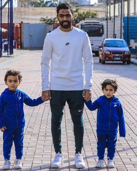 حسين الشحات  (12)