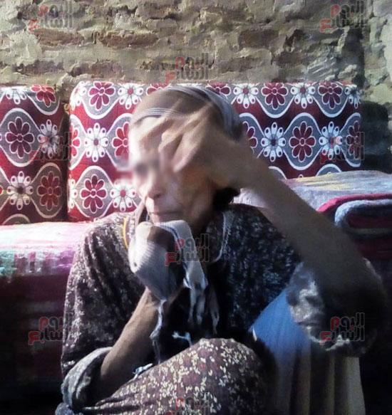 سيدة-حبسها-شقيقها-22-عاما-فى-المنيا-دون-رعاية-(3)
