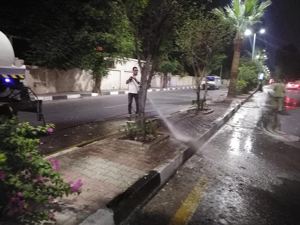 نظافة كبرى بشوارع حى جنوب الأقصر ورفع أكوام القمامة  (2)