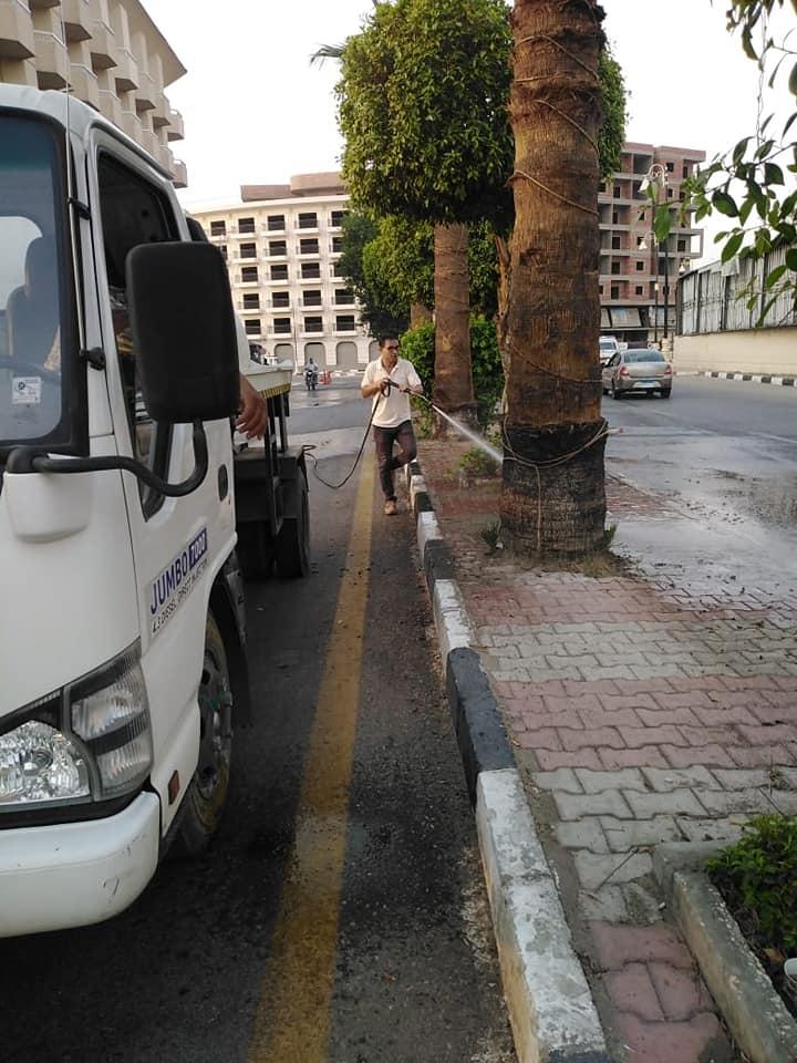 نظافة كبرى بشوارع حى جنوب الأقصر ورفع أكوام القمامة  (4)