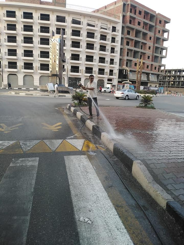 نظافة كبرى بشوارع حى جنوب الأقصر ورفع أكوام القمامة  (3)