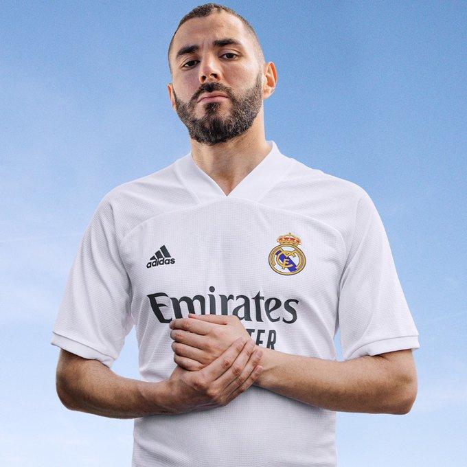 ريال مدريد يعلن عن القميص الجديد لموسم 2021.. صور - اليوم السابع