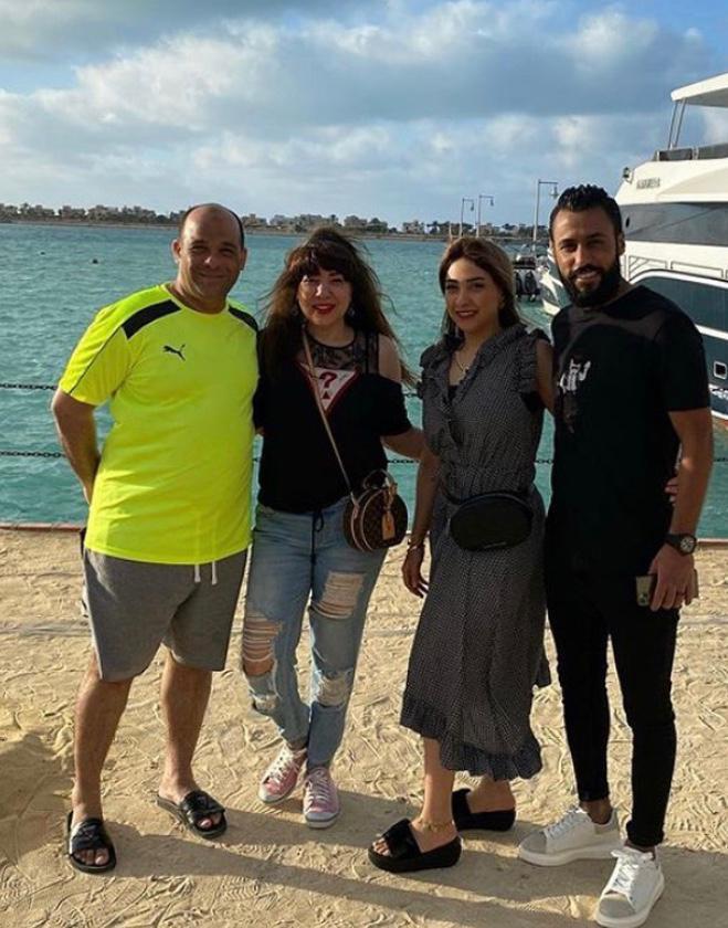 حسام عاشور و زوجته و وليد صلاح و زوجته