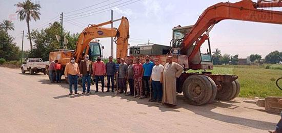720204113550938-الصورة-التى-ارسلتها-المحافظة-للمشاركين-بالإزالة-بجوار-الحفار