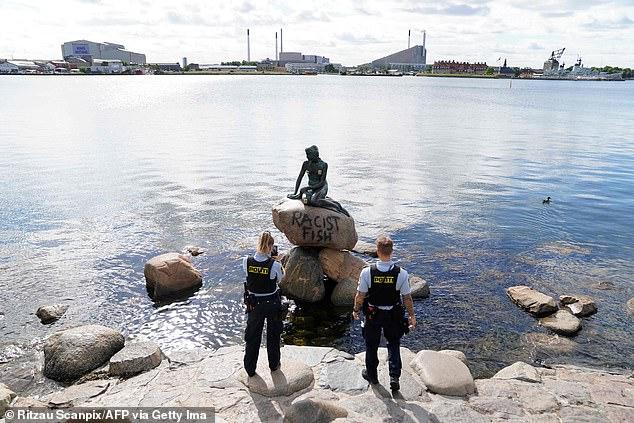 83093-تمثال-حورية-البحر-فى-الدنمارك--(3)