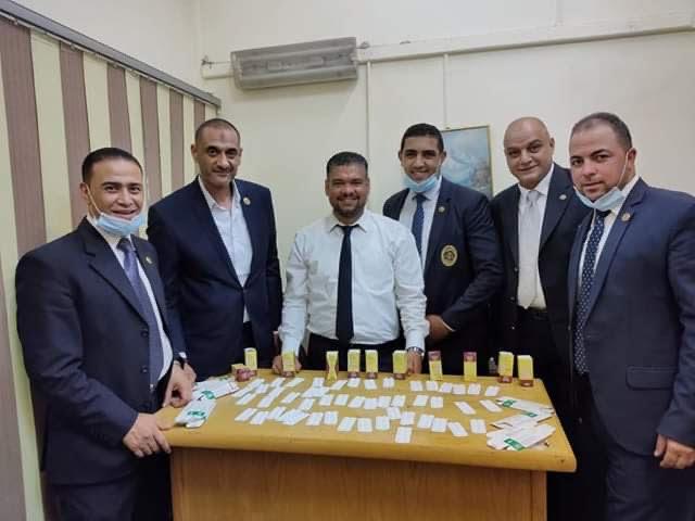 جمارك مطار القاهرة تحبط محاولة تهرب 500 قرص مخدر (1)