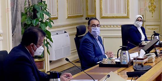 اجتماع المجموعة الطبية اليوم الأحد برئاسة الدكتور مصطفى مدبولى، رئيس الوزراء (4)