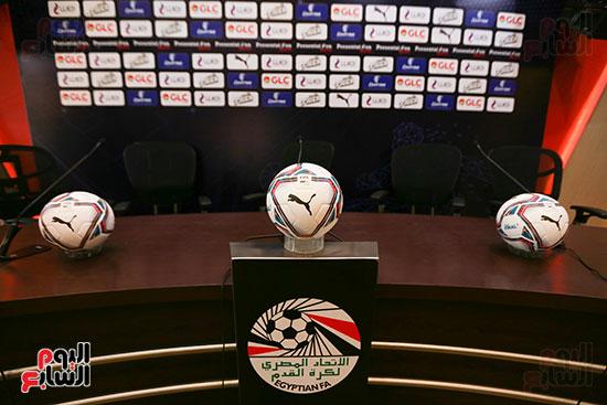 اتحاد الكرة يعلن عن الكرة الموحدة لمباريات الدورى الموسم الجارى (3)