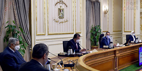اجتماع المجموعة الطبية اليوم الأحد برئاسة الدكتور مصطفى مدبولى، رئيس الوزراء (3)