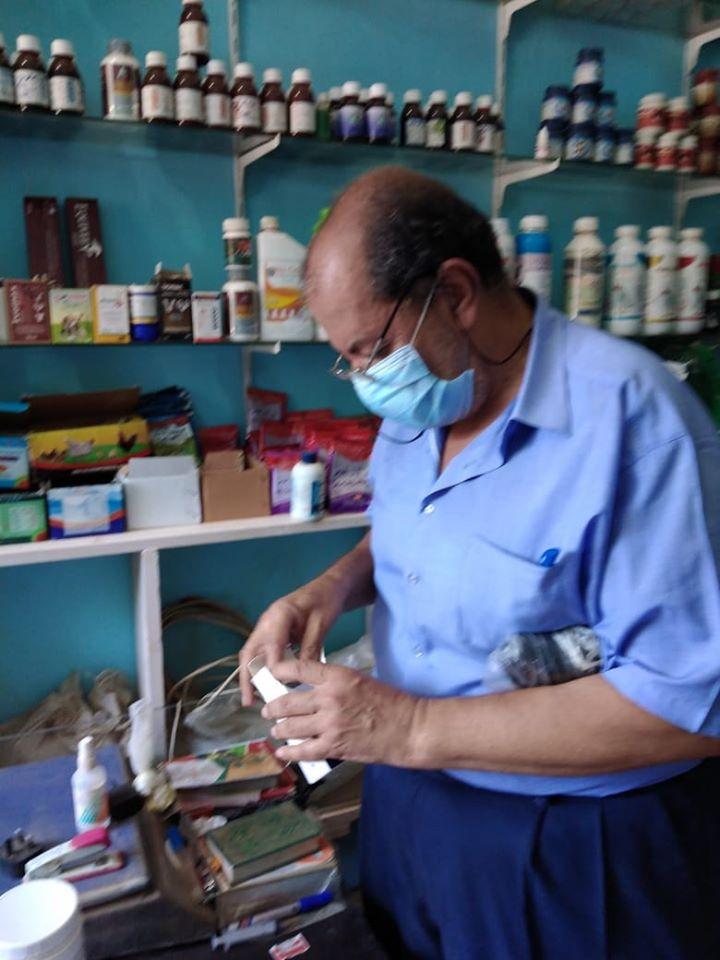 تحرير محاضر ضد المخالفين فى حملة على المحلات والمقاهى بالزينية (2)