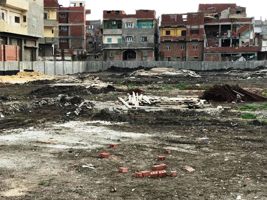 توقف أعمال التطوير بمركز شباب محمد صلاح (1)