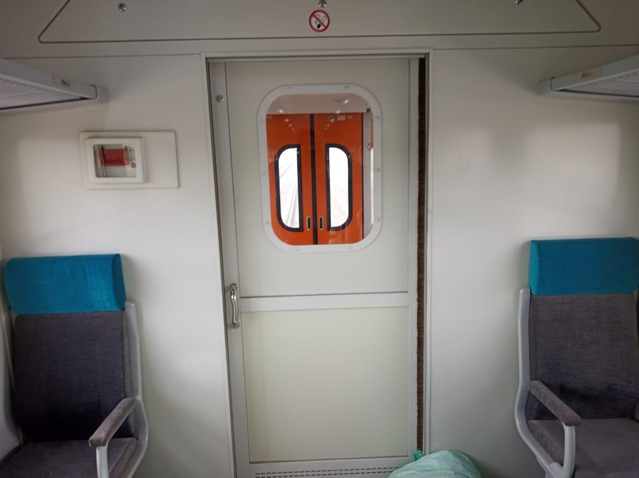 السكة الحديد تدرس تشغيل قطارات مكيفة لأول مرة على خطوط الضواحى (2)