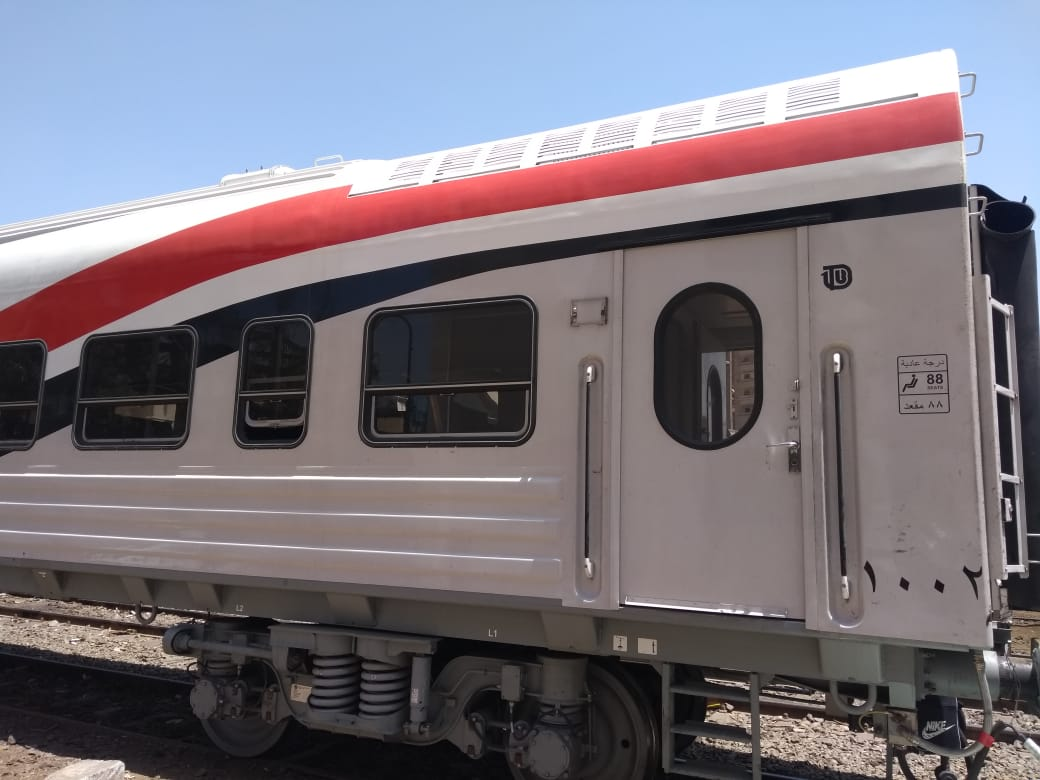 السكة الحديد تدرس تشغيل قطارات مكيفة لأول مرة على خطوط الضواحى (3)