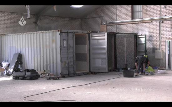 غرف التعذيب (2)