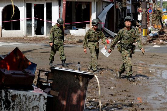 اثار الفيضانات فى اليابان