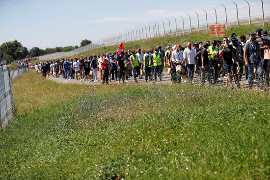 مظاهرات موظفى اير باص