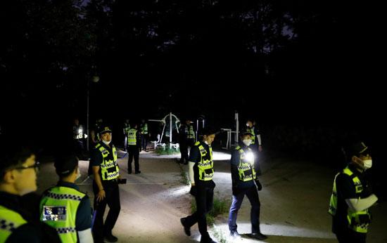 رجال الأمن يبحثون ليلا عن رئيس بلدية سول