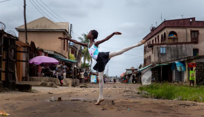 127-140416-ballet-nigerian-streets-without-music_700x400