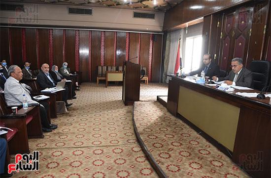 اللجنة البرلمانية المشتركة من الطاقة والبيئة بمجلس النواب (4)