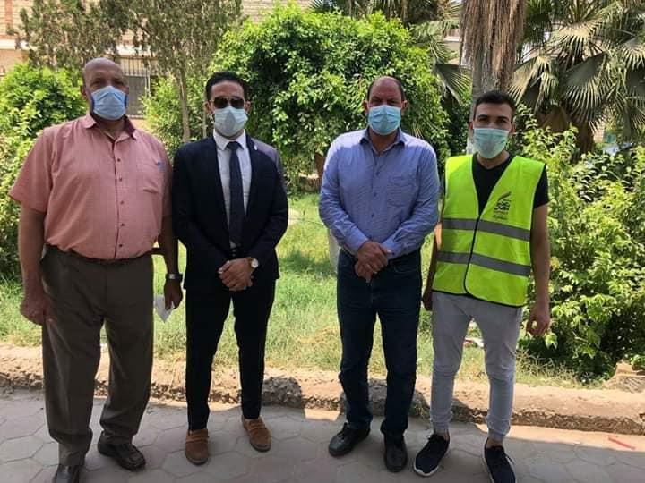 فريق القافلة مع وكيل وزارة الصحة بالقليوبية