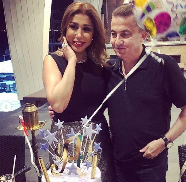 الفنانة أروى مع زوجها في عيد ميلادها (4)