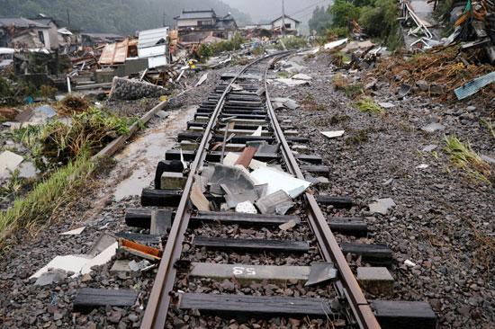 آثار الفيضانات على خط سكك الحديد