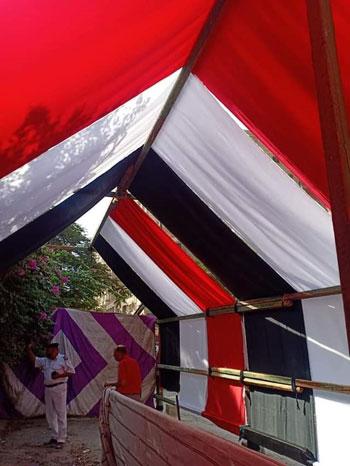 الأعلام تزين المقار الانتخابية (6)