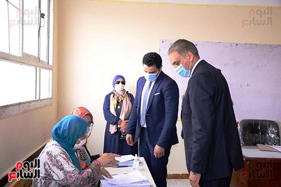 وزير شئون المجالس النيابية (11)
