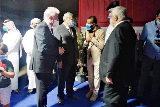 محافظ جنوب سيناء يتفقد لجان الانتخابات بشرم الشيخ (1)