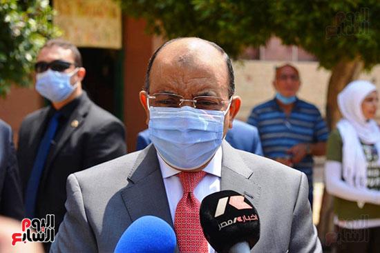 وزير التنميه المحليه (7)