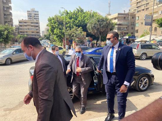 محمد سعفان وزير القوى العاملة يشارك فى انتخابات مجلس الشيوخ (2)