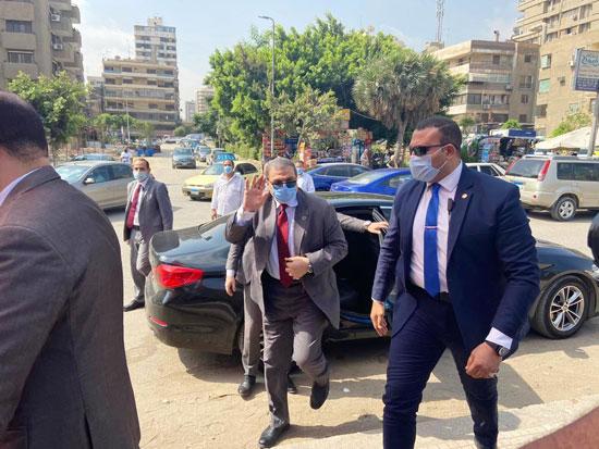 محمد سعفان وزير القوى العاملة يشارك فى انتخابات مجلس الشيوخ (1)