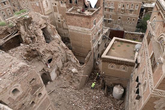 هدم أحد مواقع التراث العالمى فى مدينة صنعاء القديمة