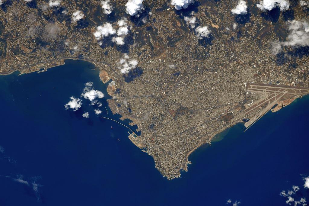 صورة لبنان من الفضاء