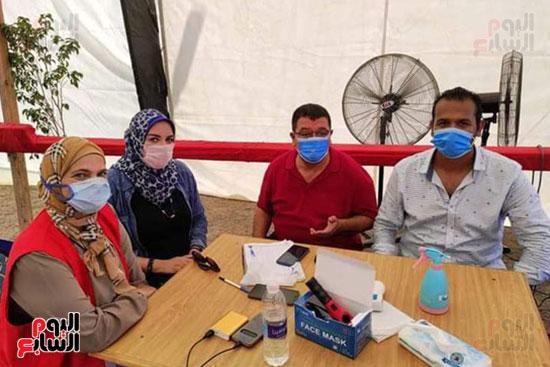 قوافل طبية للكشف على أصحاب الأمراض المزمنة بأودية شرم الشيخ (3)