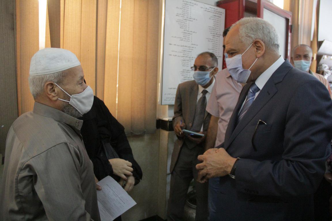 محافظ الجيزة يتفقد مركز خدمة المواطنين جنوب الجيزة (8)