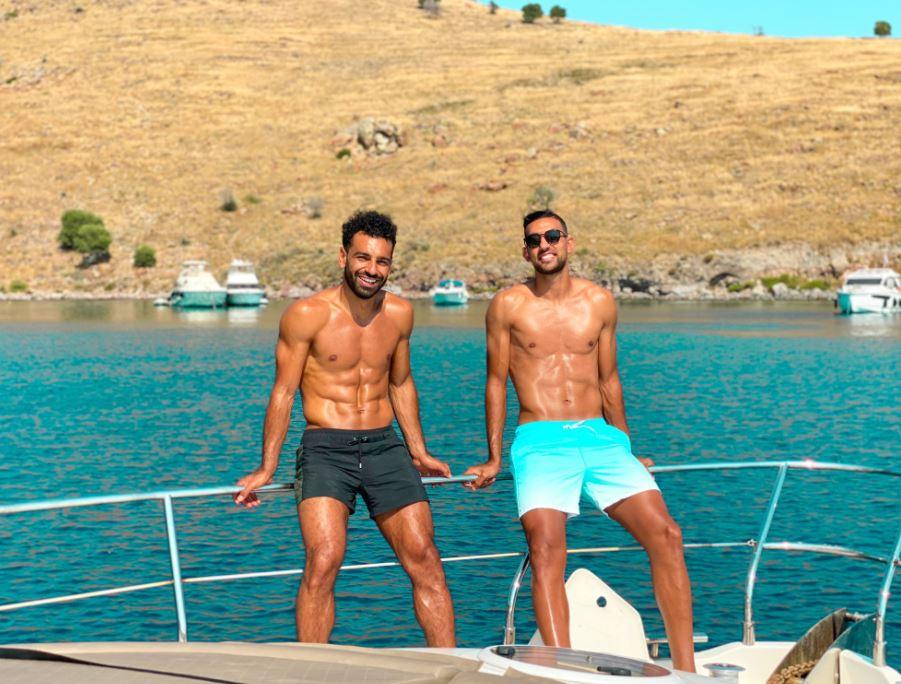 محمد صلاح وأحمد حسن كوكا