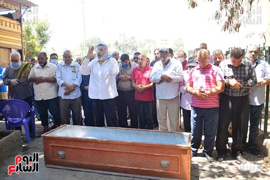 صلاة الجنازة على سمير الإسكندرانى