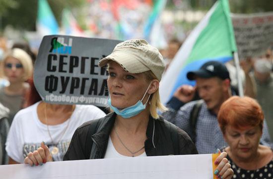 تجدد مسيرات دعم حاكم الإقليم السابق