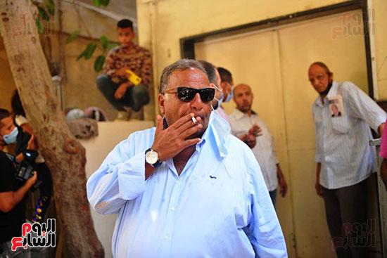 محمد فؤاد المهندس فى جنازة شويكار