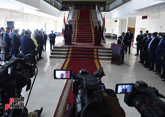 الدكتور مصطفى مدبولى، رئيس الوزراء ونظيره السودانى الدكتور عبد الله حمدوك (4)